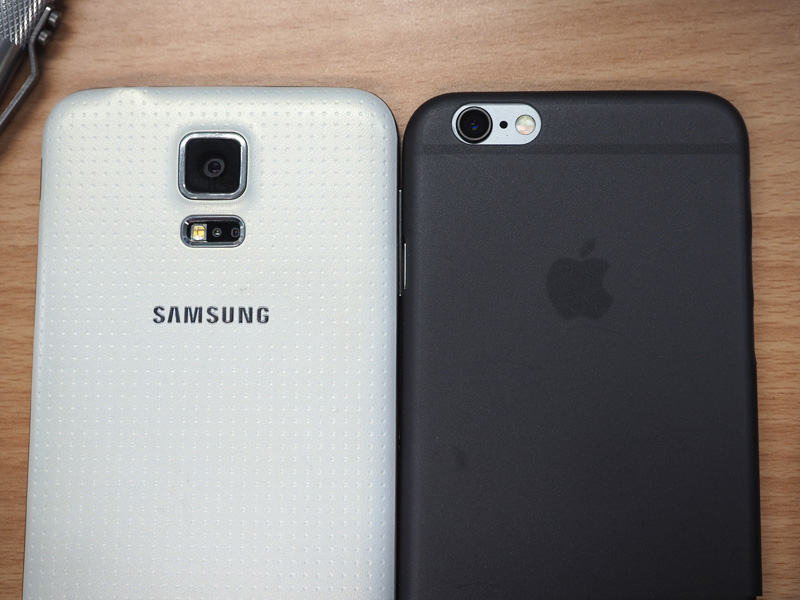 iphone-6s-space-grey-next-to-samsung-galaxy-s5-white